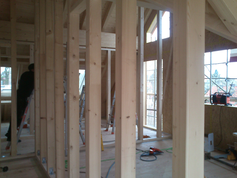 Holzständerwerk beim Innenausbau